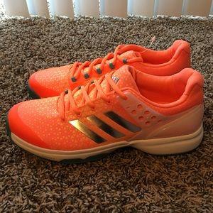 [adidas] Adizero Ubersonic 2W Women's Tennis Shoe